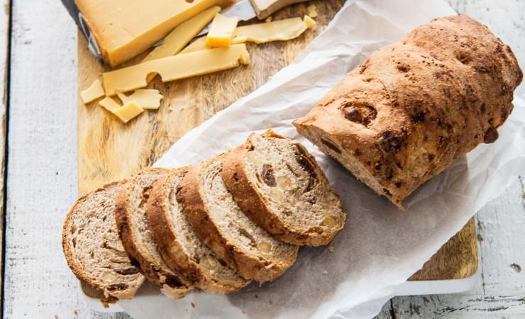Hazelnoot-vijgenbrood