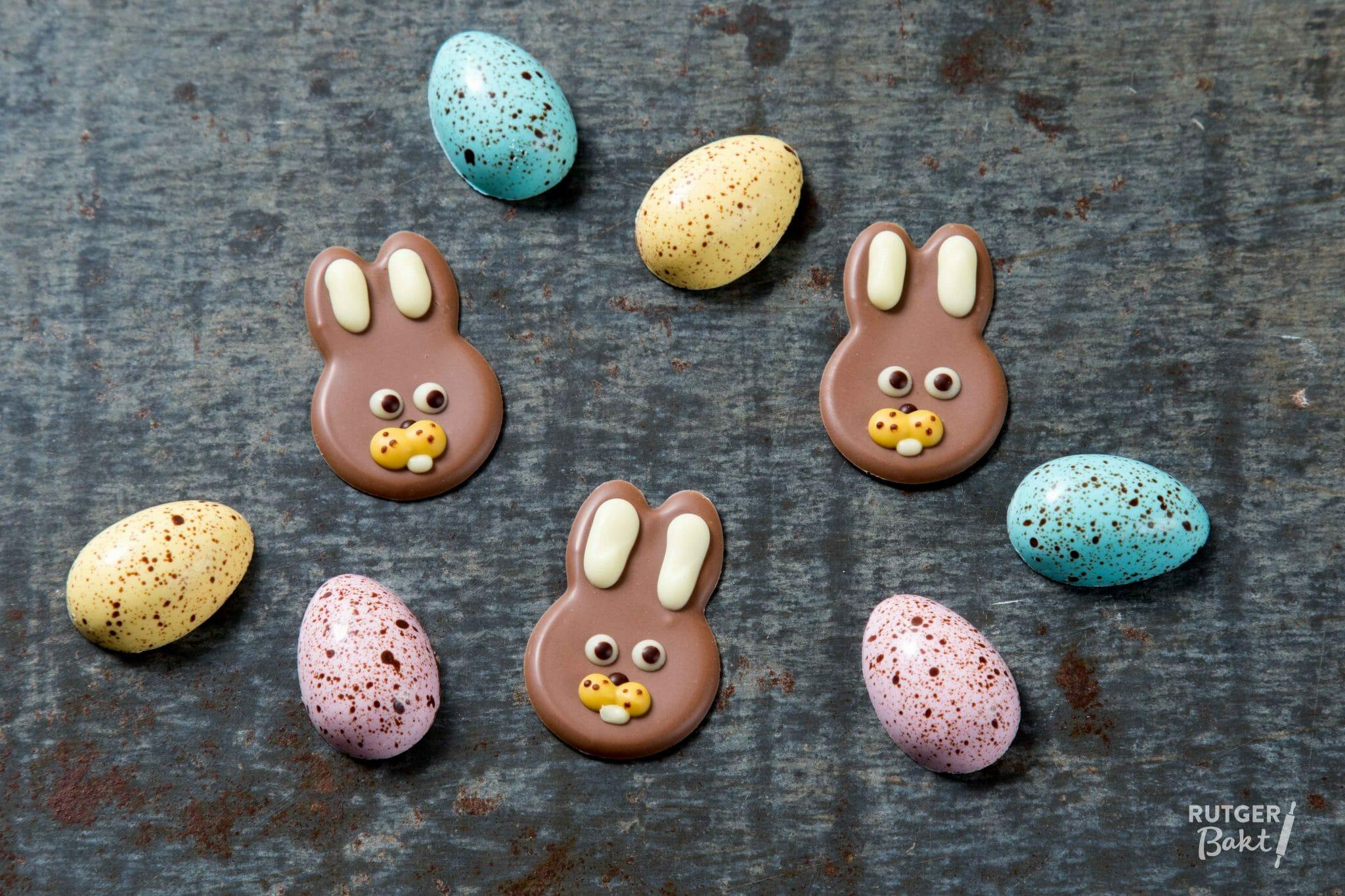 Paas chocolade decoratie rutger bakt for Decoratie chocolade