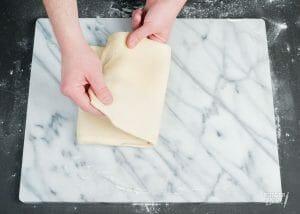 Getoerd gerezen bladerdeeg maken – recept